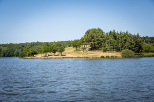 camping 5 etoiles lac du jaunay