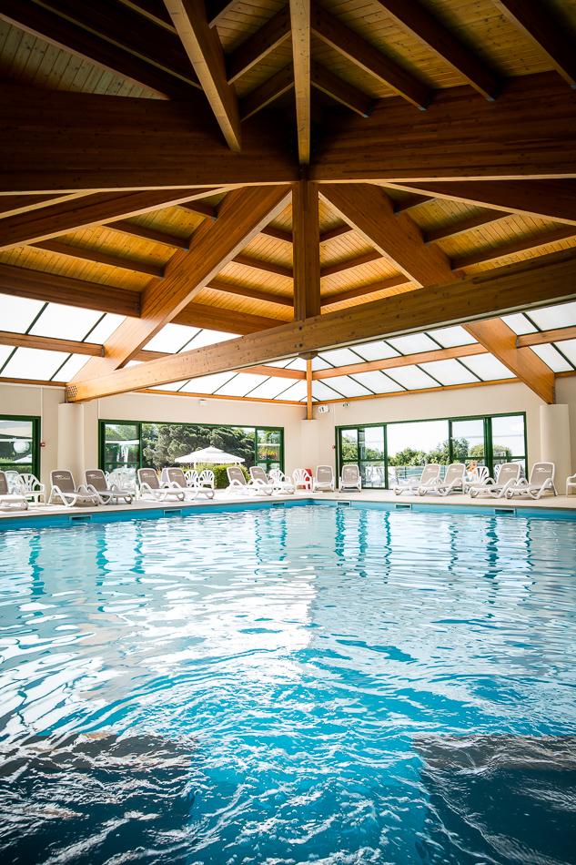 Camping le pin parasol piscine chauff e couverte camping for Camping 5 etoiles vendee piscine couverte