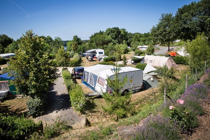 emplacements boisés dans le meilleur camping proche des sables d'olonne