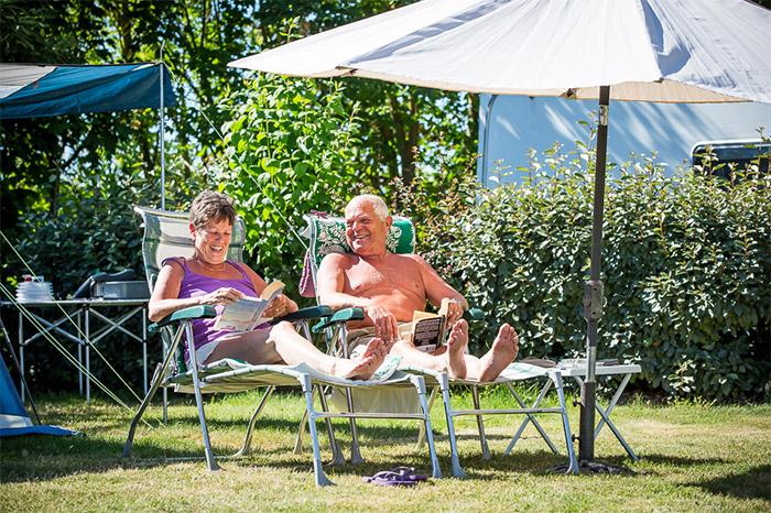 emplacement spacieux du camping Pin Parasol en Vendée