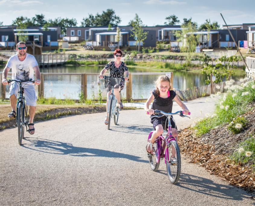 pistes cyclables aux abords du camping en Vendée