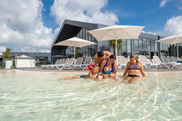 piscine du meilleur camping Yelloh village Vendée